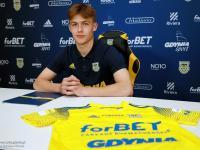 Wojciech Zieliński podpisał profesjonalny kontrakt z Arką